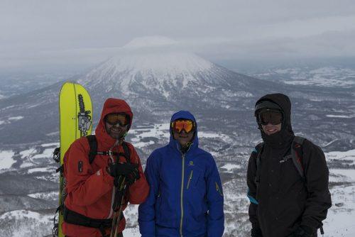 Oben angekommen, im Hintergrund der Mt. Yotei